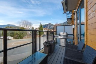 """Photo 13: 37 1188 MAIN Street in Squamish: Downtown SQ Townhouse for sale in """"Soleil at Coastal Village"""" : MLS®# R2550512"""