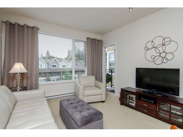 "Photo 5: Photos: 302 23255 BILLY BROWN Road in Langley: Fort Langley Condo for sale in ""The Village at Bedford Landing"" : MLS®# F1426118"