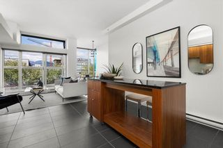 Photo 3: 404 33 W PENDER Street in Vancouver: Downtown VW Condo for sale (Vancouver West)  : MLS®# R2588792