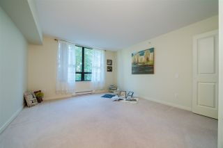 """Photo 18: 306 4333 CENTRAL Boulevard in Burnaby: Metrotown Condo for sale in """"PRESIDIA"""" (Burnaby South)  : MLS®# R2480001"""
