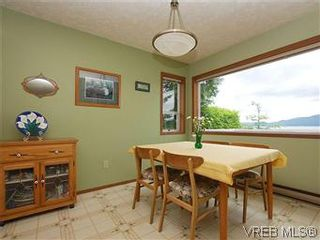 Photo 6: 10796 Madrona Drive in NORTH SAANICH: NS Deep Cove Single Family Detached for sale (North Saanich)  : MLS®# 295112