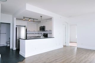 """Photo 2: 502 7478 BYRNEPARK Walk in Burnaby: South Slope Condo for sale in """"GREEN"""" (Burnaby South)  : MLS®# R2021457"""