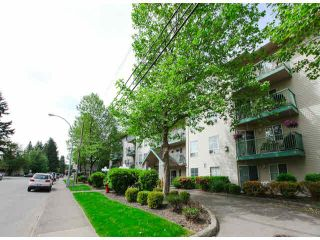 """Photo 3: 303 2435 CENTER Street in Abbotsford: Abbotsford West Condo for sale in """"Cedar Grove Place"""" : MLS®# F1412491"""
