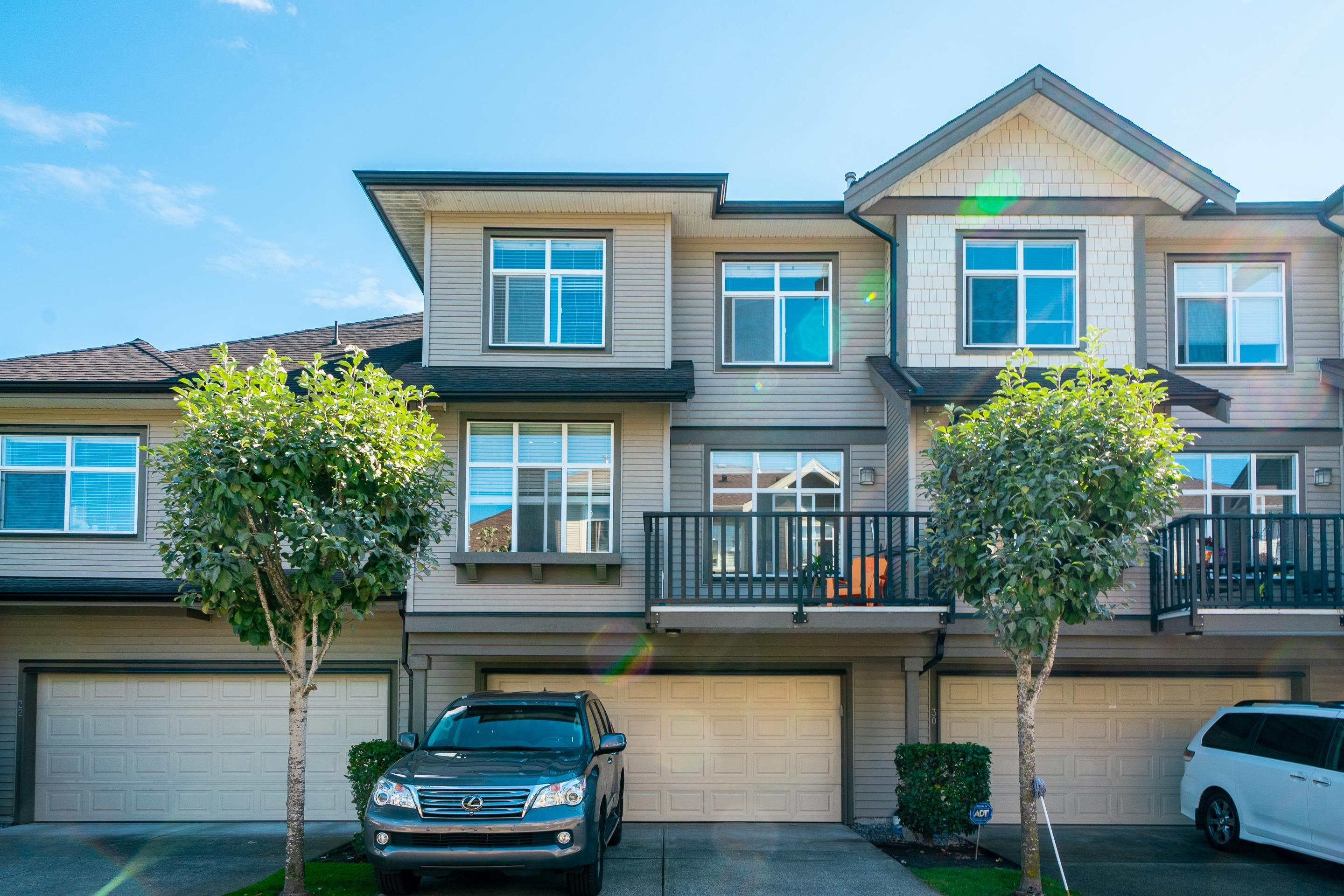 Main Photo: 31 7288 HEATHER Street in Richmond: McLennan North Townhouse for sale : MLS®# R2613292