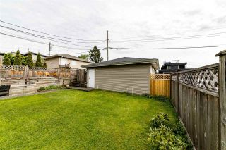 Photo 2: 239 W 19TH Street in North Vancouver: Central Lonsdale 1/2 Duplex for sale : MLS®# R2577522
