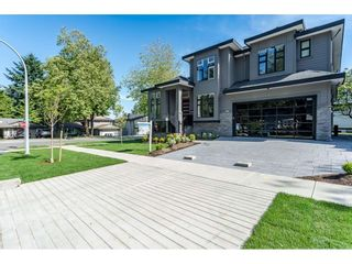 Photo 2: 12988 CARLUKE Crescent in Surrey: Queen Mary Park Surrey House for sale : MLS®# R2415665