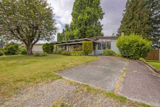 Photo 1: 8919 GLENWOOD Street in Chilliwack: Chilliwack W Young-Well House for sale : MLS®# R2385098