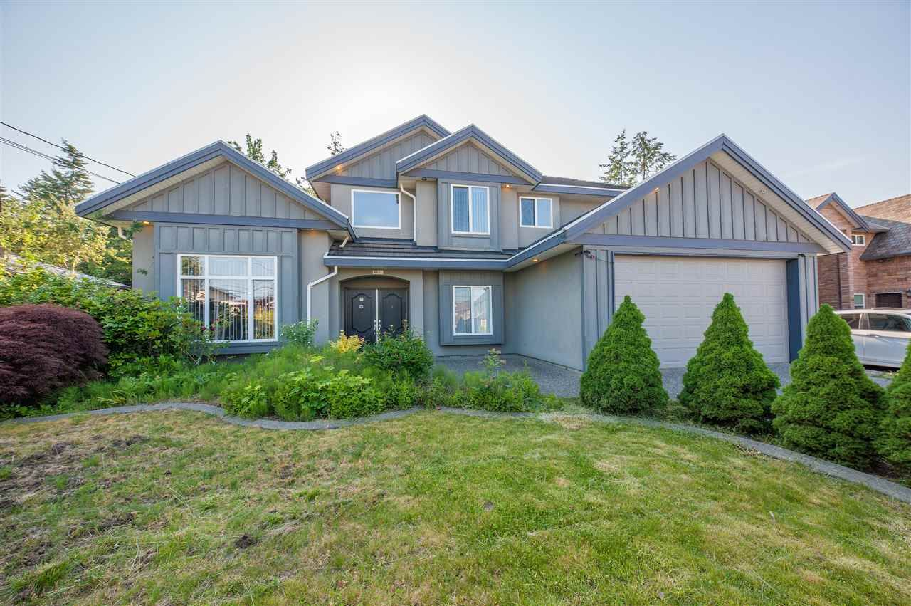 Main Photo: 9555 126 STREET in : Queen Mary Park Surrey House for sale : MLS®# R2373759