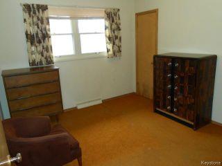 Photo 11: 751 Beaverbrook Street in WINNIPEG: River Heights / Tuxedo / Linden Woods Residential for sale (South Winnipeg)  : MLS®# 1409343