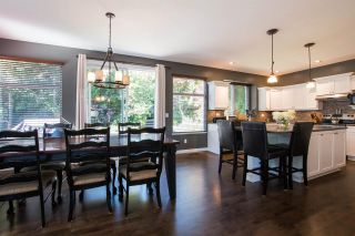 """Photo 10: 15555 ROSEMARY HEIGHTS Crescent in Surrey: Morgan Creek House for sale in """"MORGAN CREEK"""" (South Surrey White Rock)  : MLS®# R2480993"""