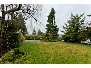 """Photo 4: 375 GUILBY Street in Coquitlam: Coquitlam West House for sale in """"CARIBOO/MAILLARDVILLE"""" : MLS®# V996440"""