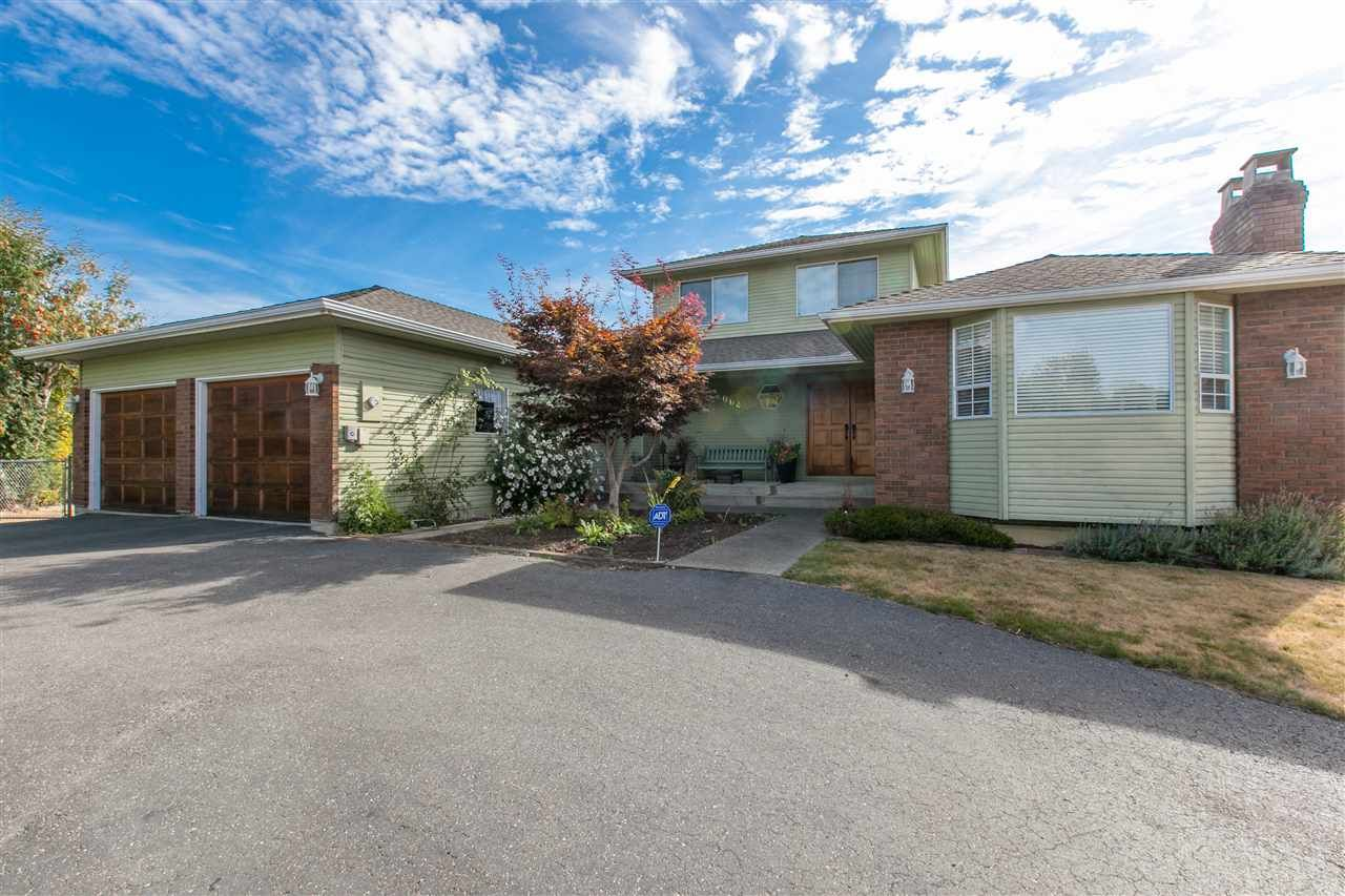 Main Photo: 2064 182 Street in Surrey: Hazelmere House for sale (South Surrey White Rock)  : MLS®# R2020375