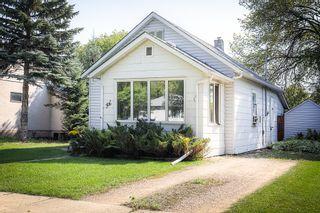 Photo 1: 64 Inman Avenue in Winnipeg: St Vital Single Family Detached for sale (2D)  : MLS®# 1926807