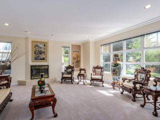 """Photo 6: 3585 BRIGHTON Drive in Burnaby: Government Road House for sale in """"GOVERNMENT ROAD AREA"""" (Burnaby North)  : MLS®# R2069615"""