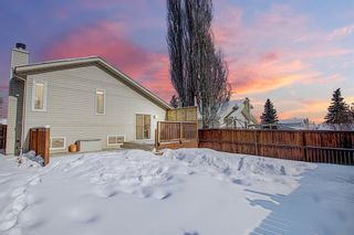 Photo 2: 119 Shawinigan Drive SW in Calgary: Shawnessy Detached for sale : MLS®# A1068163