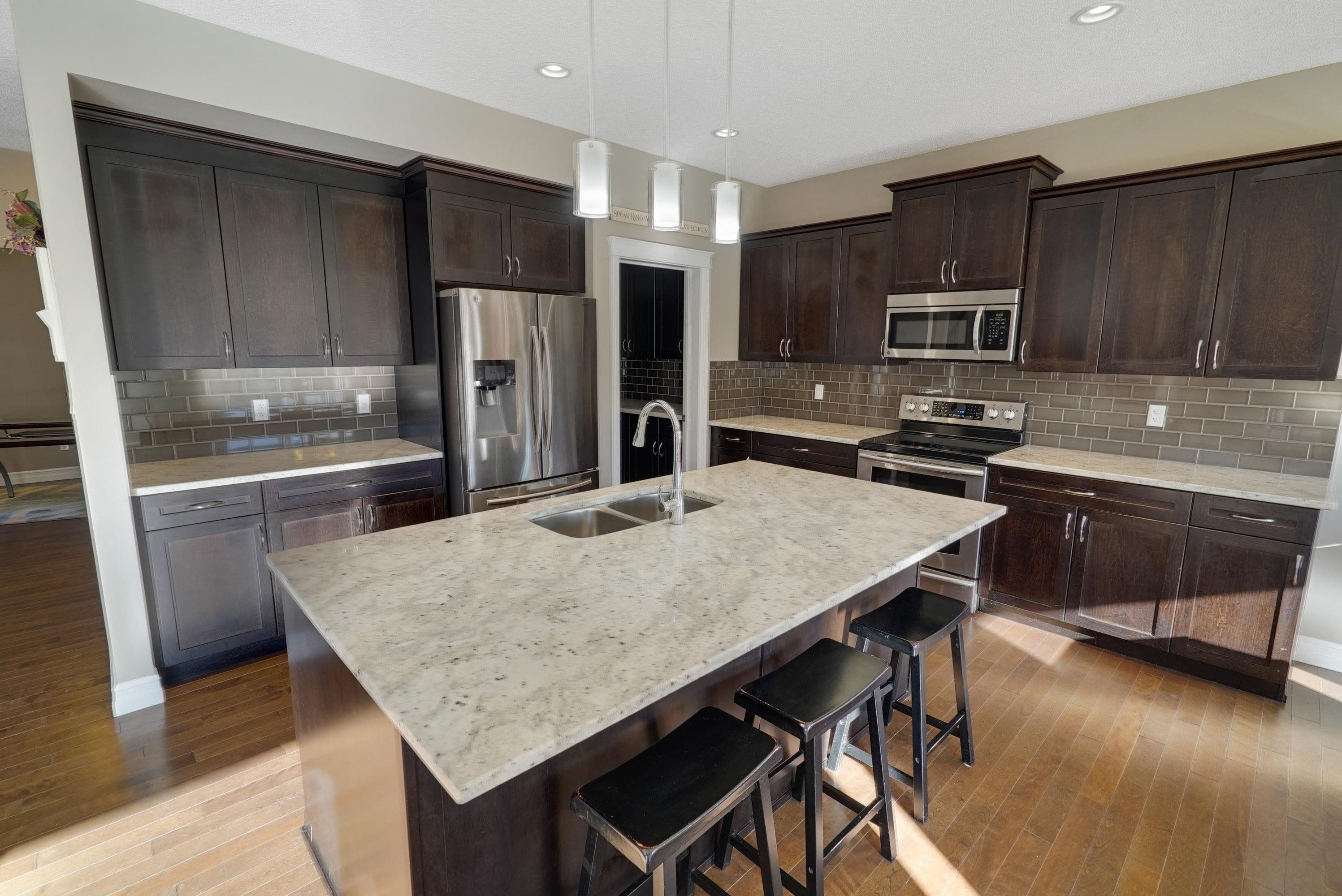 Main Photo: 3119 WINSPEAR Crescent in Edmonton: Zone 53 House for sale : MLS®# E4266407