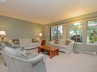 Photo 2: 29 850 Parklands Dr in VICTORIA: Es Gorge Vale Row/Townhouse for sale (Esquimalt)  : MLS®# 788300