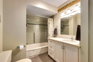 """Photo 17: 2923 CAPILANO Road in North Vancouver: Capilano NV Townhouse for sale in """"CEDAR CRESCENT"""" : MLS®# R2579490"""