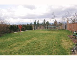 """Photo 10: 24189 MCCLURE Drive in Maple Ridge: Albion House for sale in """"MAPLE CREST"""" : MLS®# V633956"""