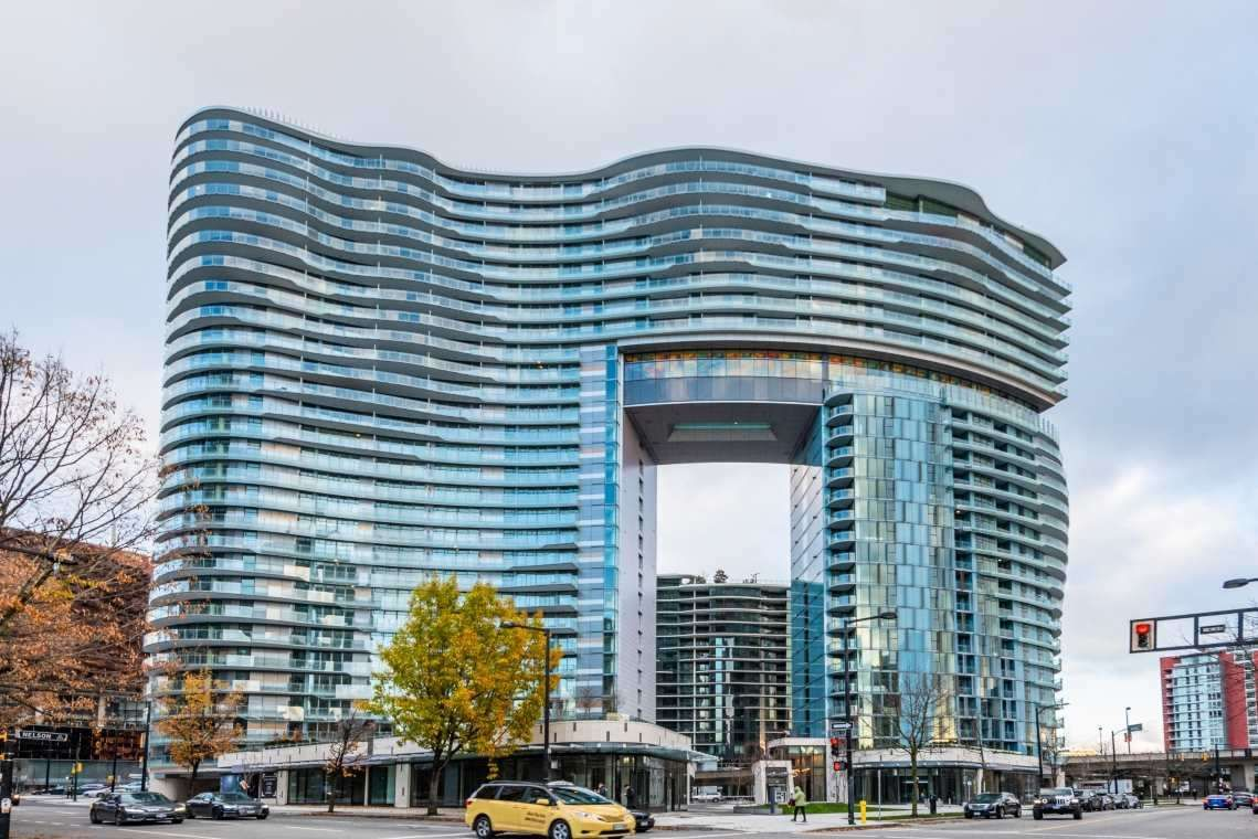 Main Photo: 2005 89 NELSON Street in Vancouver: Yaletown Condo for sale (Vancouver West)  : MLS®# R2522257
