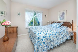 """Photo 14: 23 19171 MITCHELL Road in Pitt Meadows: Central Meadows Townhouse for sale in """"Holly Lane Estates"""" : MLS®# R2614547"""