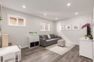 Photo 3: 2823 VICTORIA Drive in Vancouver: Grandview Woodland 1/2 Duplex for sale (Vancouver East)  : MLS®# R2416578