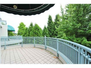 """Photo 10: 303 1705 MARTIN Drive in Surrey: Sunnyside Park Surrey Condo for sale in """"SOUTHWYND"""" (South Surrey White Rock)  : MLS®# F1420126"""