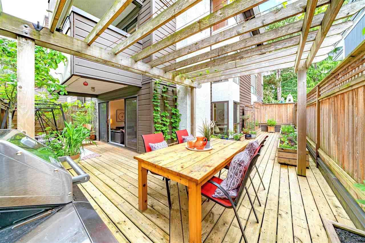 Main Photo: 111 2255 W 8TH Avenue in Vancouver: Kitsilano Condo for sale (Vancouver West)  : MLS®# R2590940