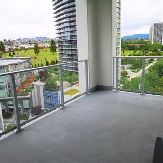 """Photo 9: 1101 1888 GILMORE Avenue in Burnaby: Brentwood Park Condo for sale in """"TRIOMPHE"""" (Burnaby North)  : MLS®# R2458455"""