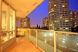 """Photo 13: 305 4808 HAZEL Street in Burnaby: Forest Glen BS Condo for sale in """"CENTREPOINT"""" (Burnaby South)  : MLS®# R2127405"""