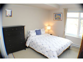 """Photo 11: 407 2368 MARPOLE Avenue in Port Coquitlam: Central Pt Coquitlam Condo for sale in """"RIVER ROCK LANDING"""" : MLS®# V1053124"""