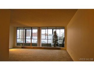 Photo 4: 401 525 Broughton Street in VICTORIA: Vi Downtown Condo for sale (Victoria)  : MLS®# 629300