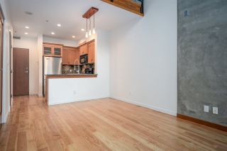 """Photo 9: 111 10 RENAISSANCE Square in New Westminster: Quay Condo for sale in """"MURANO LOFTS"""" : MLS®# R2431581"""