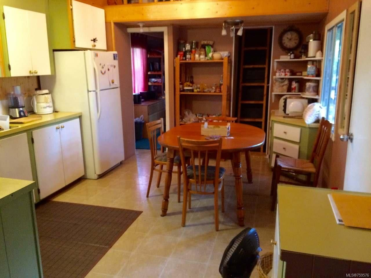 Photo 3: Photos: 3537 HARRIS Crescent in HILLIERS: PQ Errington/Coombs/Hilliers Manufactured Home for sale (Parksville/Qualicum)  : MLS®# 759576