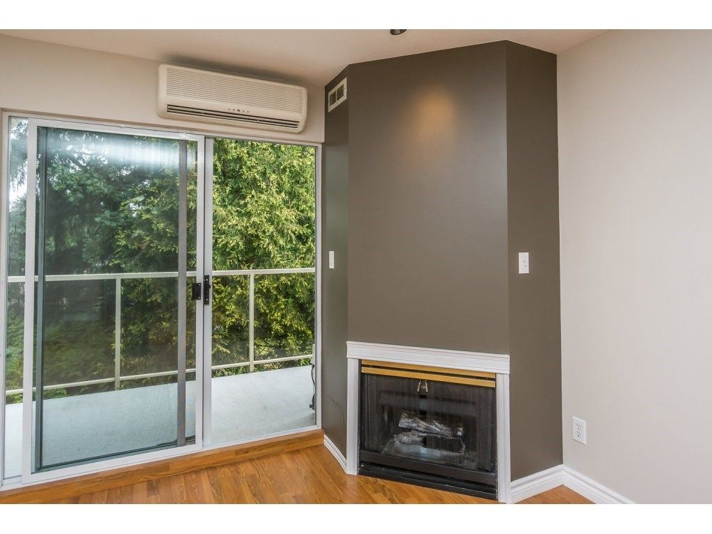 """Photo 9: Photos: 302 33839 MARSHALL Road in Abbotsford: Central Abbotsford Condo for sale in """"Cityscape"""" : MLS®# R2106369"""