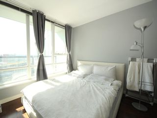 """Photo 10: 2903 928 BEATTY Street in Vancouver: Yaletown Condo for sale in """"MAX 1"""" (Vancouver West)  : MLS®# R2294406"""