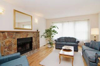 Photo 7: 413 MARINER Way in Coquitlam: Coquitlam East House for sale : MLS®# R2042897