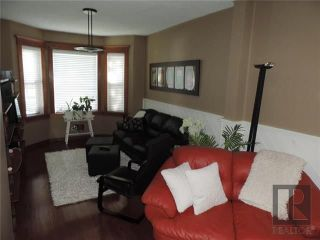 Photo 4: 549 Rathgar Avenue in Winnipeg: Fort Rouge Residential for sale (1Aw)  : MLS®# 1824156