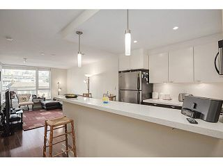 """Photo 7: 606 160 W 3RD Street in North Vancouver: Lower Lonsdale Condo for sale in """"ENVY"""" : MLS®# V1124166"""