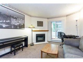 Photo 3: 104 2710 Grosvenor Rd in VICTORIA: Vi Oaklands Condo for sale (Victoria)  : MLS®# 756064