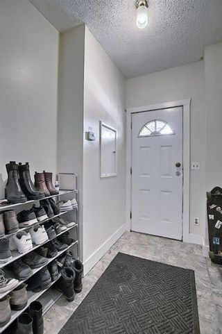 Photo 5: 1418 10 Avenue SE in Calgary: Inglewood Detached for sale : MLS®# A1081359
