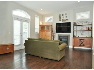 """Photo 6: 6078 163RD Street in Surrey: Cloverdale BC House for sale in """"THE VISTAS"""" (Cloverdale)  : MLS®# F1410149"""