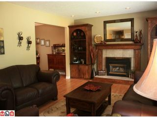 "Photo 3: 34722 ARDEN Drive in Abbotsford: Abbotsford East House for sale in ""TEN OAKS"" : MLS®# F1118089"