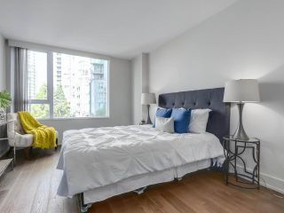 Photo 8: 406 590 NICOLA STREET in Vancouver: Coal Harbour Condo for sale (Vancouver West)  : MLS®# R2302772