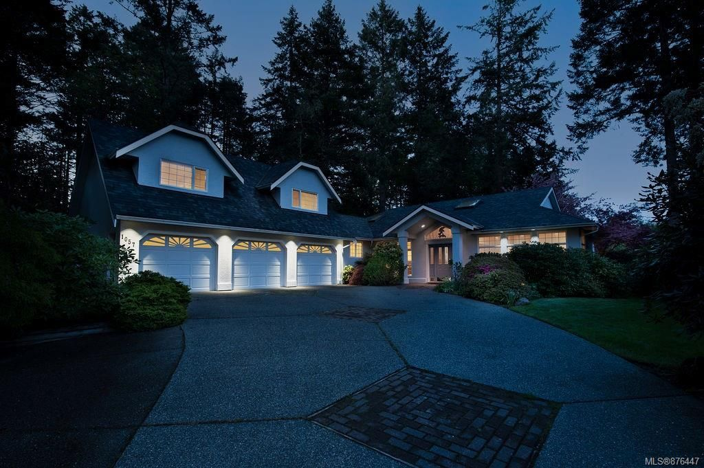 Main Photo: 1057 Losana Pl in : CS Brentwood Bay House for sale (Central Saanich)  : MLS®# 876447