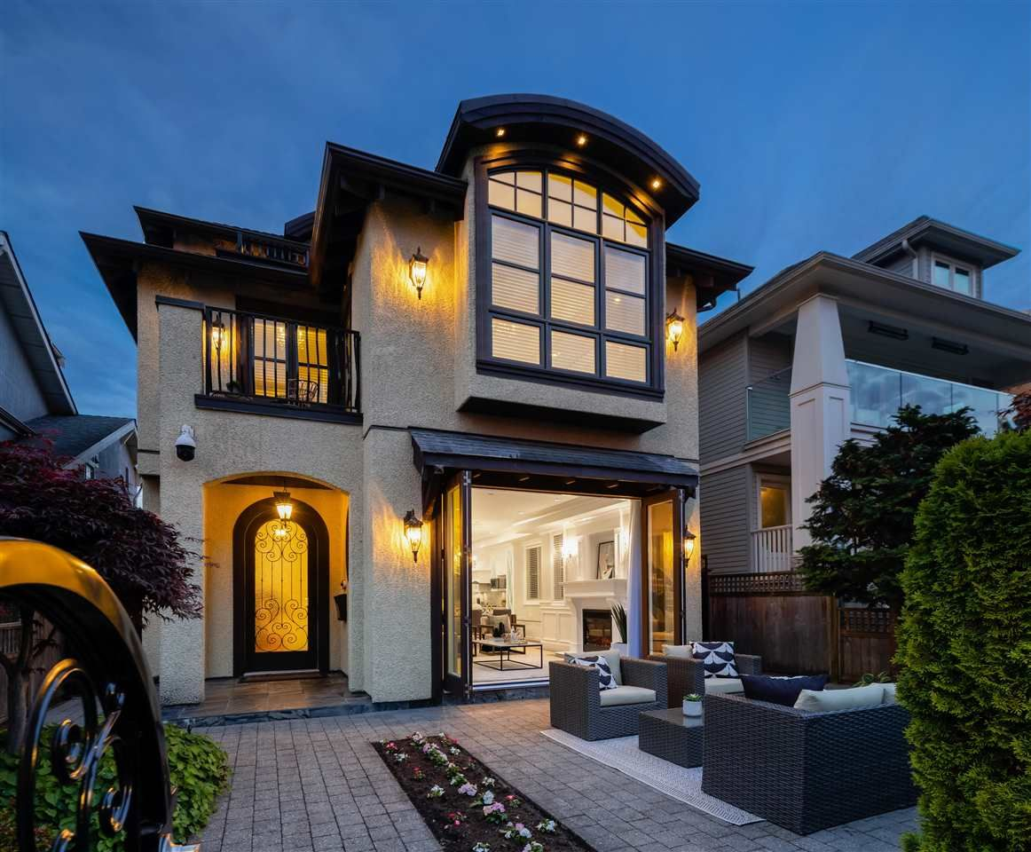 Main Photo: 1310 ARBUTUS Street in Vancouver: Kitsilano House for sale (Vancouver West)  : MLS®# R2587823