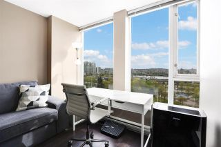 """Photo 4: 1211 550 TAYLOR Street in Vancouver: Downtown VW Condo for sale in """"The Taylor"""" (Vancouver West)  : MLS®# R2575257"""