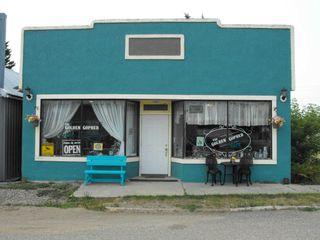 Photo 1: 18 Centre Street: Derwent Retail for sale : MLS®# E4256695