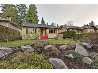 Photo 2: 2046 W KEITH Road in North Vancouver: Pemberton Heights House for sale : MLS®# V991189