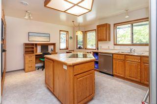 Photo 12: 1740 Lopez Pl in North Saanich: NS Dean Park House for sale : MLS®# 873603